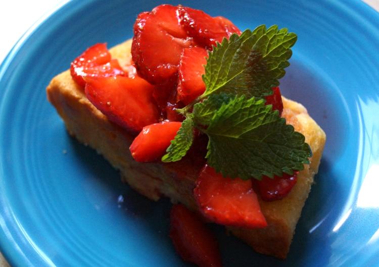 Lemon Yogurt Cake with Strawberries