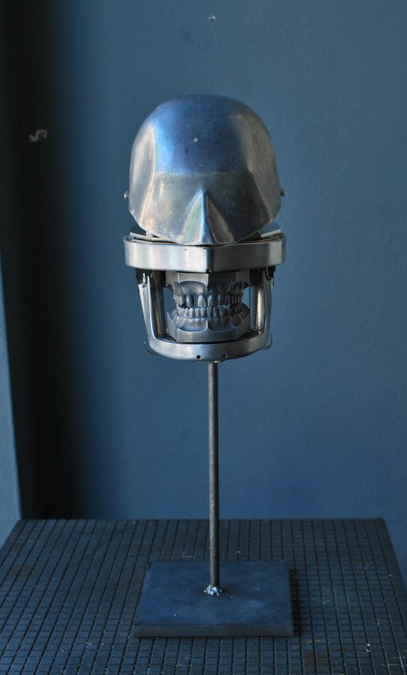 dentalmetal_agent02.jpg