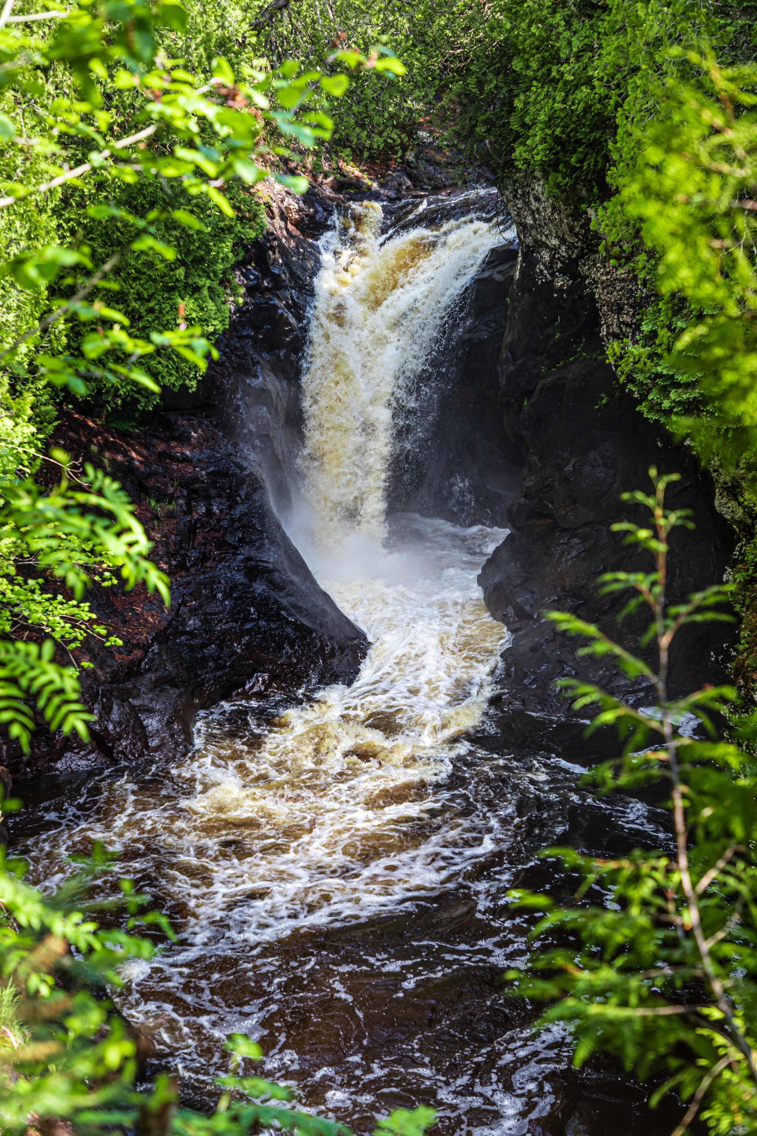 Minnesota North Shore: Waterfall 1