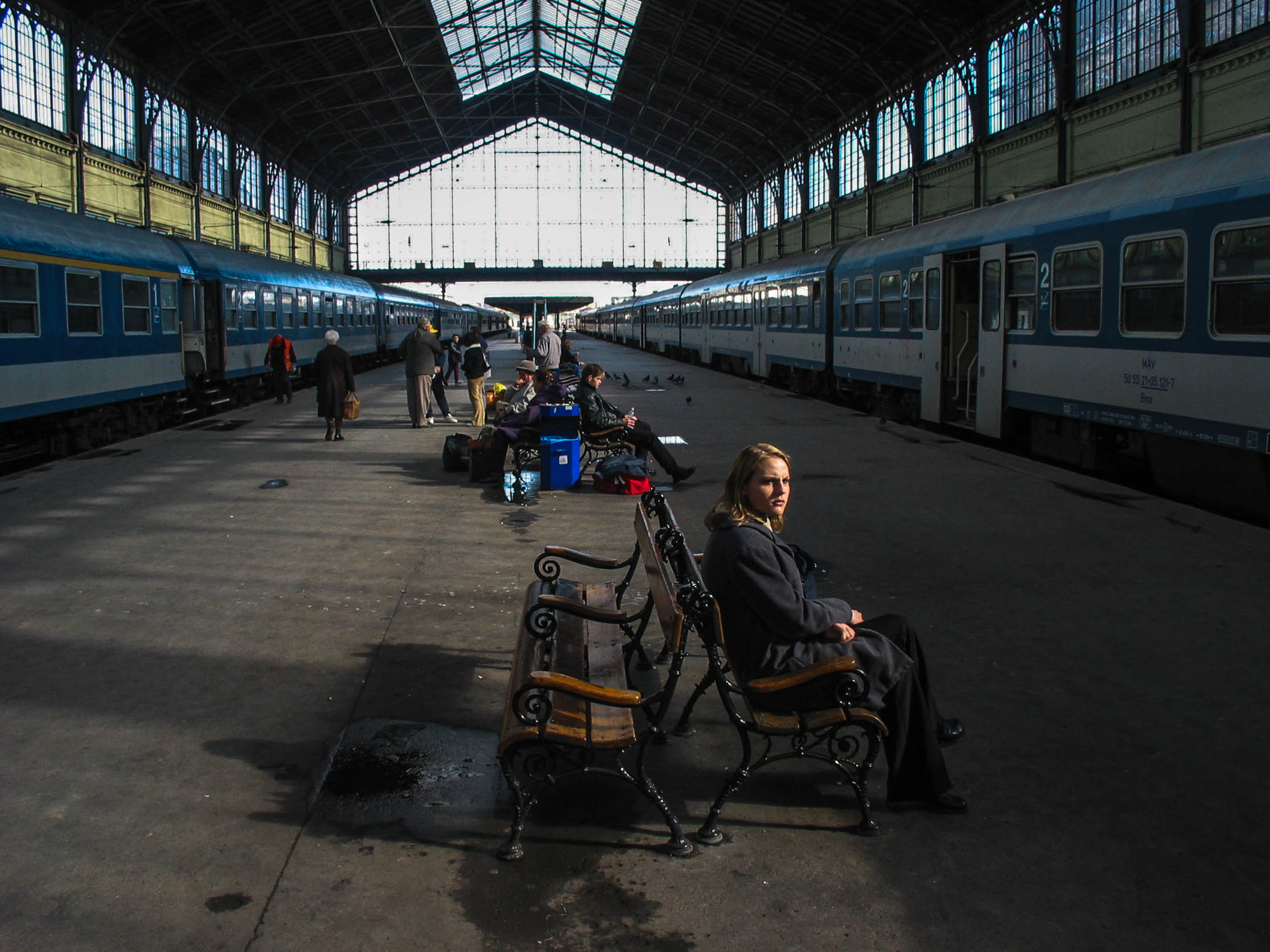 Waiting for the train, Budapest