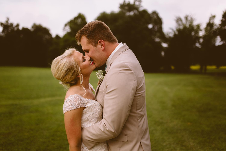 Nashville_Wedding_Photojournalists_-47.jpg