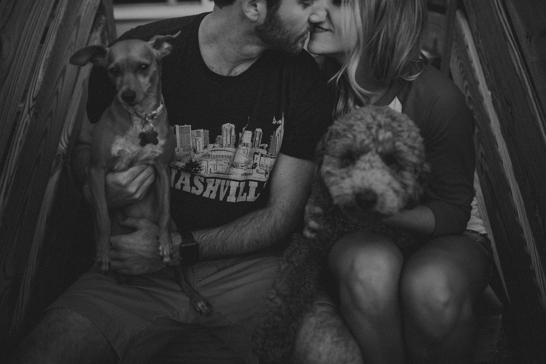 Nashville_TN_Engagement_Photographer_-23.jpg