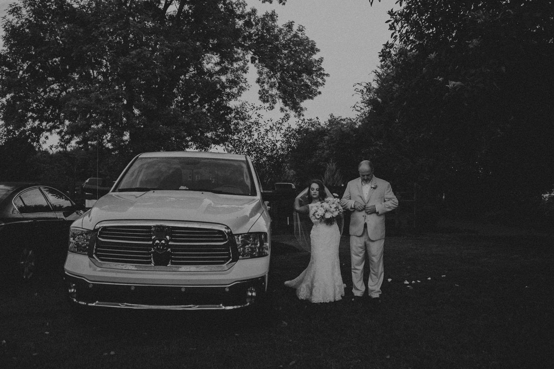 LongHollowGardens_NashvilleTN_Wedding_Photos-530.jpg
