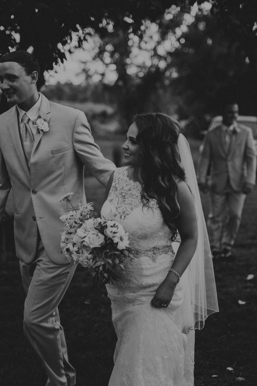 Nashville_Wedding_Photographers_-490.jpg