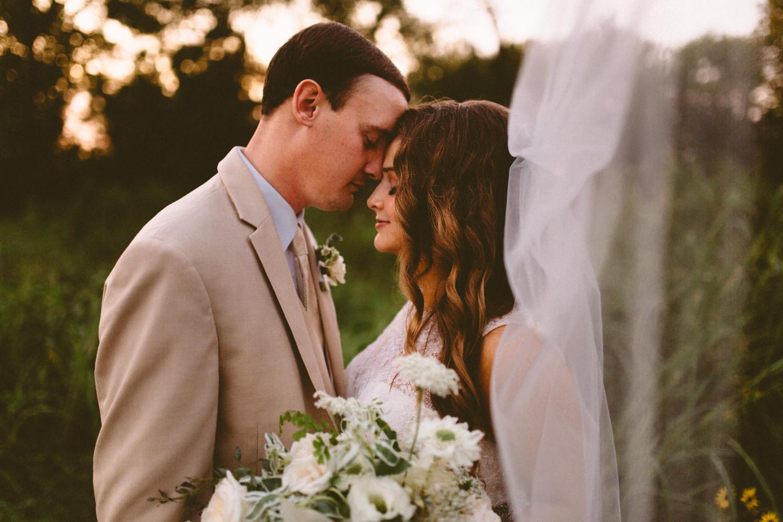 Nashville_Wedding_Photographers_-499.jpg