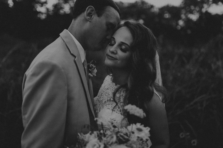 Nashville_Wedding_Photographers_-505.jpg