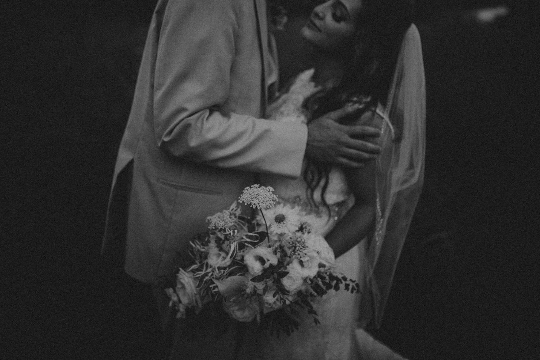 Nashville_Wedding_Photographers_-509.jpg