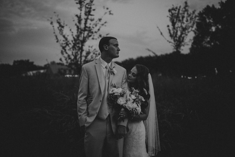 Nashville_Wedding_Photographers_-512.jpg
