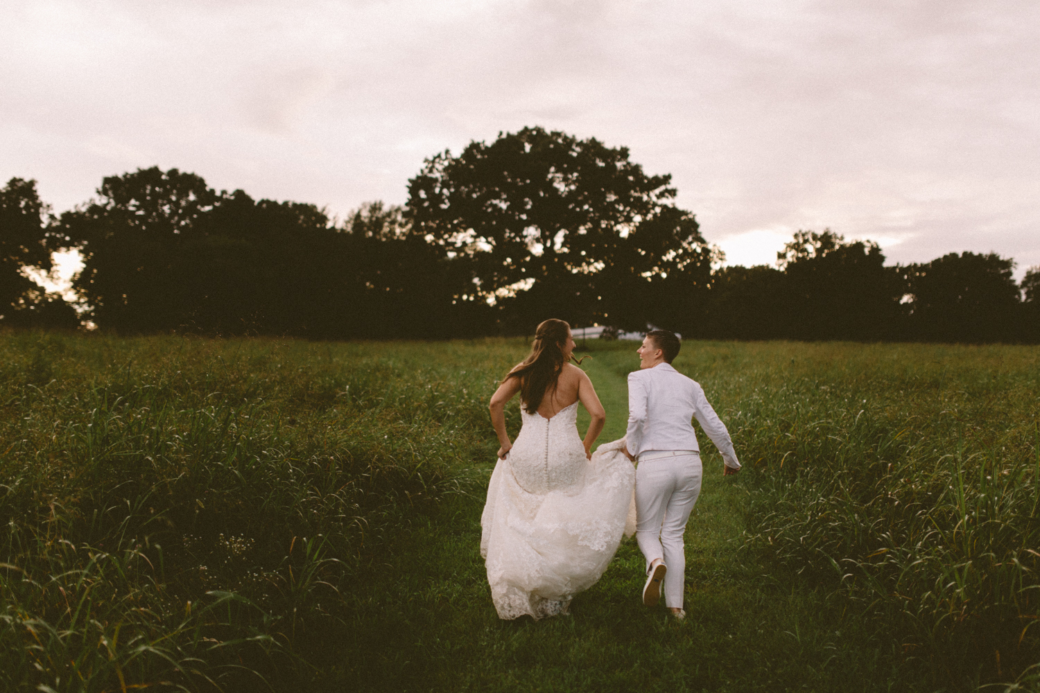 Best_Nashville_Wedding_Photographers_-569.jpg