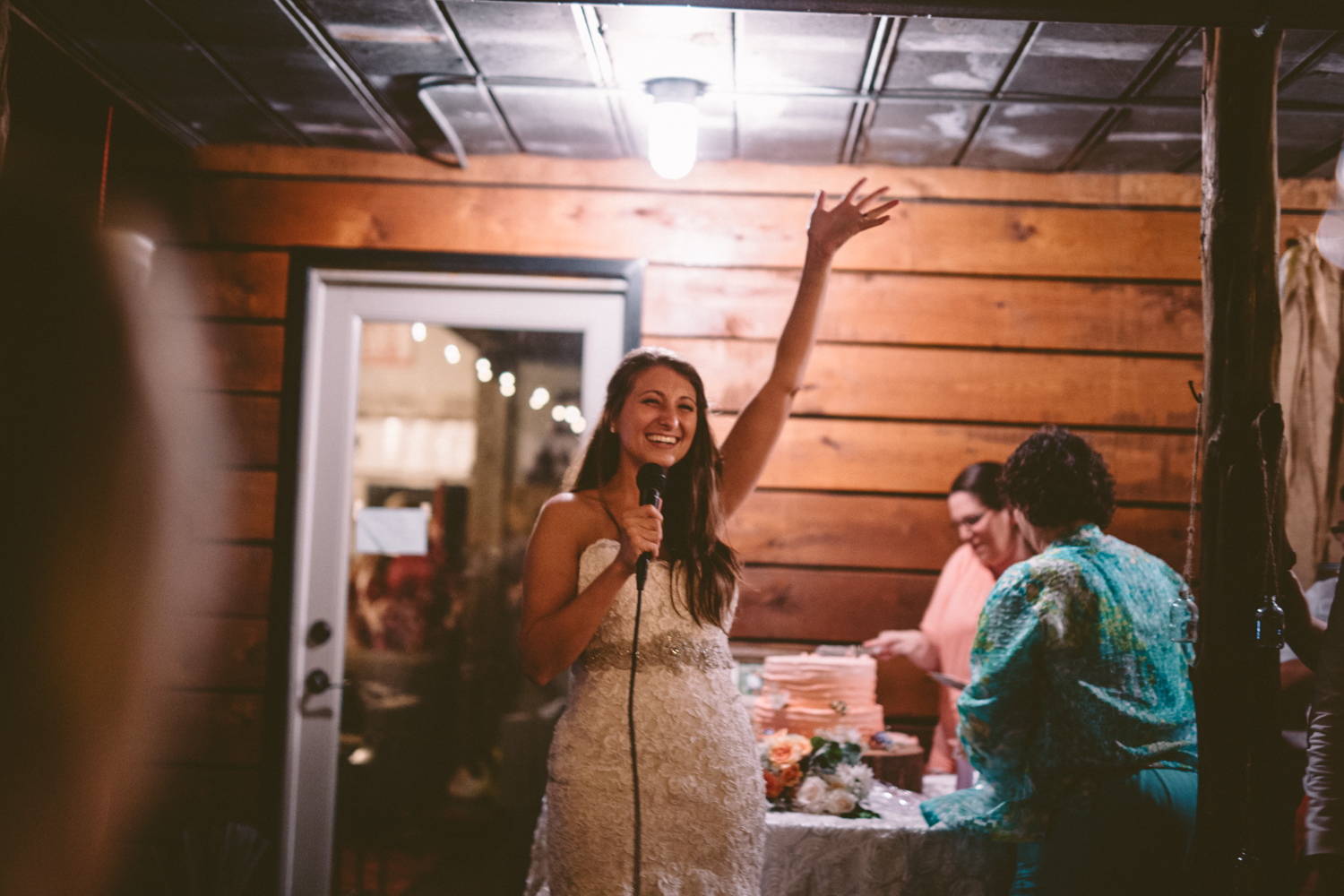 Best_Nashville_Wedding_Photographers_-617.jpg