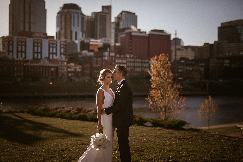 Bridge_Building_Wedding_Photos_Nashville_TN-97.jpg