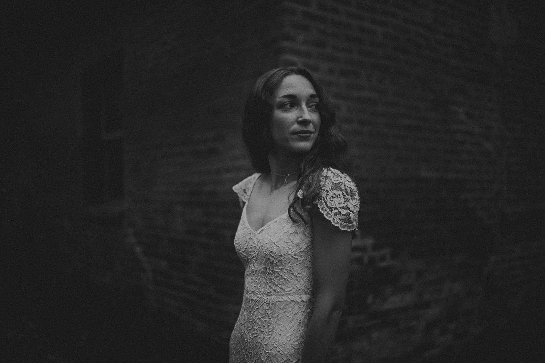 Moody_bridal_portraits-7.jpg