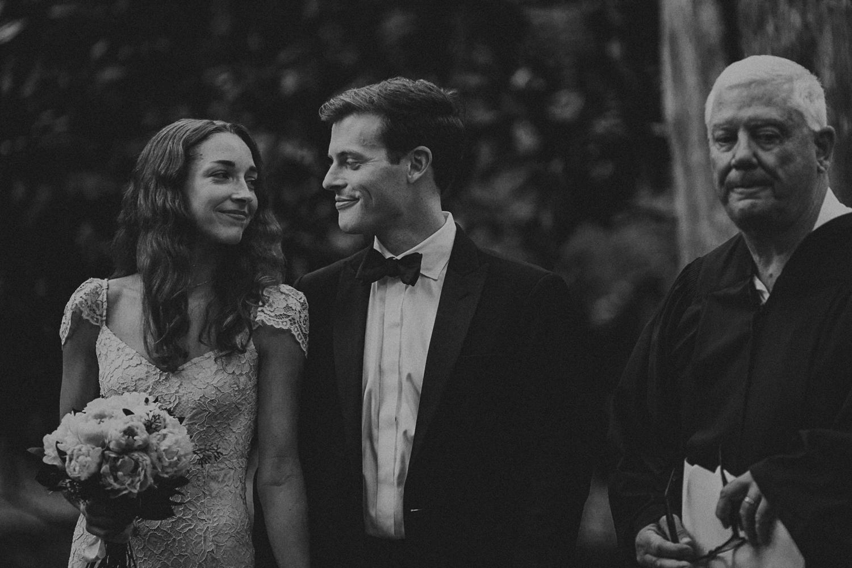 Nashville_wedding_photographers_-24.jpg