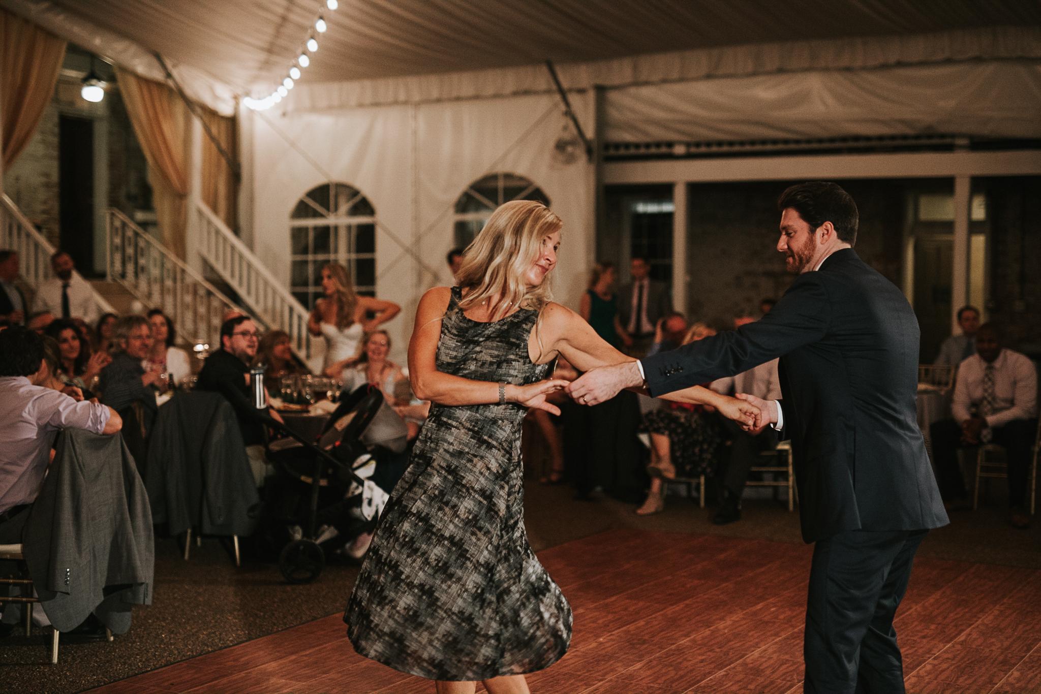 riverwood-mansion-wedding-photos-nashville-tn-4.jpg