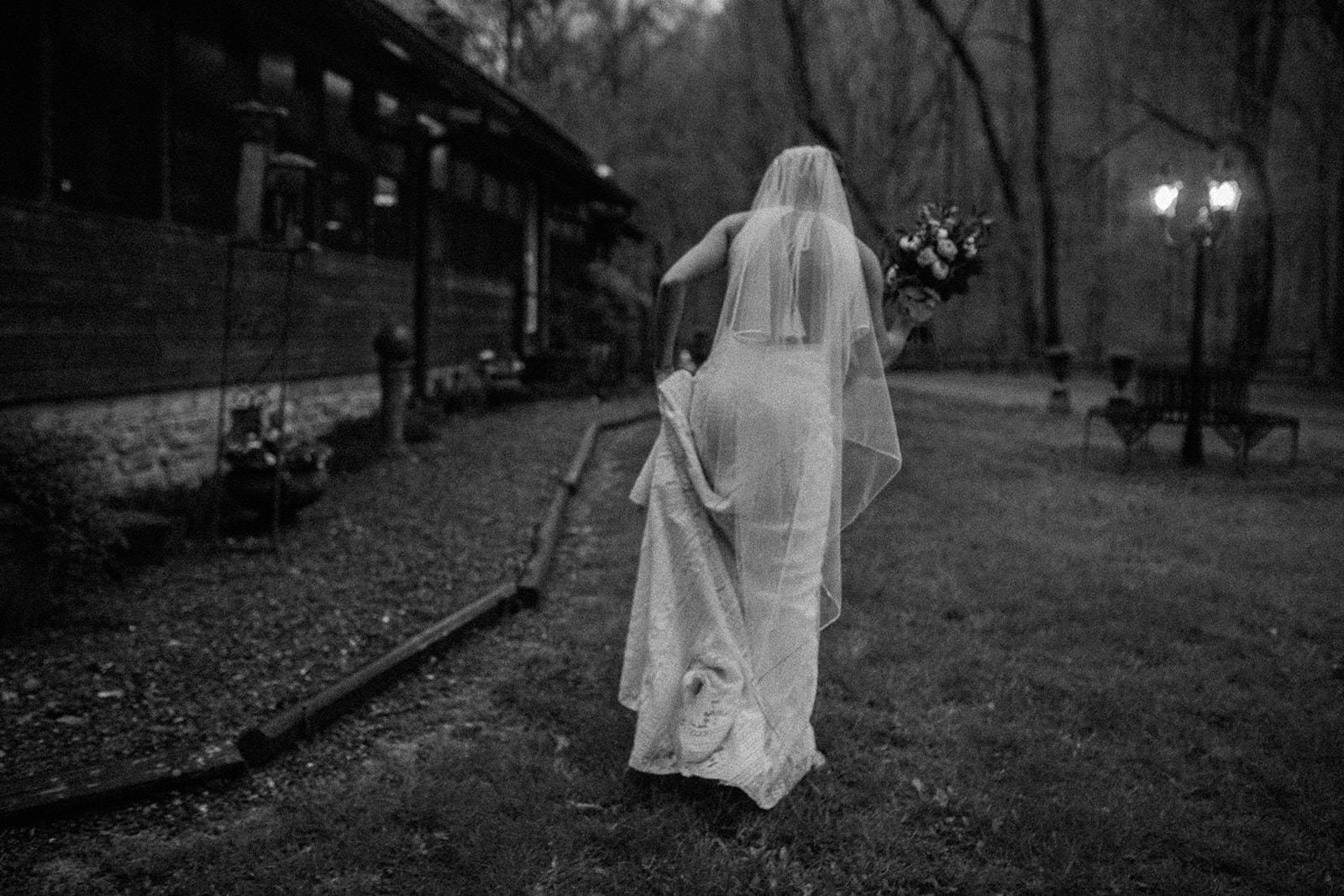wedding-photojournalists-nashville.jpg