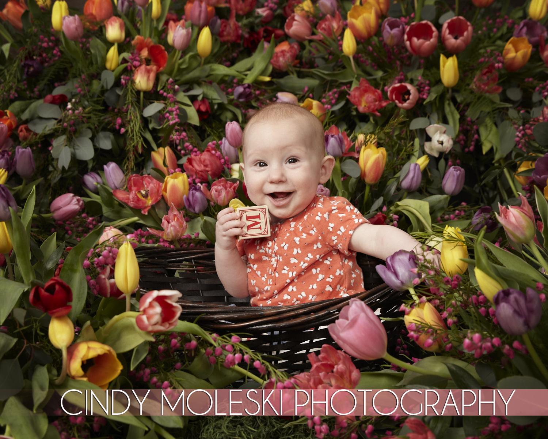 Garden Babies-Cindy Moleski-Photography-professional-children-toddler-flowers-floral-basket-flower pot-saskatoon-saskatchewan8423.jpg