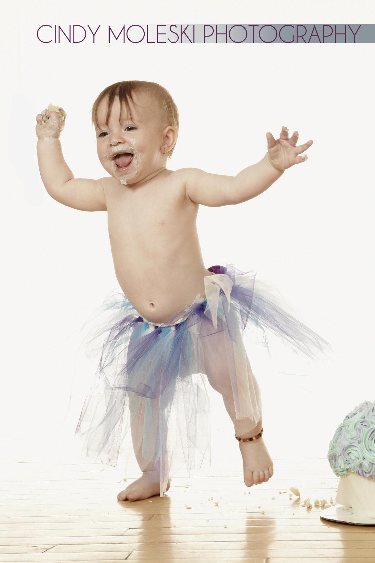 Cake-Smash-professional-photography-cindy-moleski-saskatoon-saskatchewan-children-toddler-baby-birthday28611 8172FB.jpg