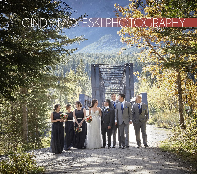 cindy-moleski-professional-wedding-photographer-saskatoon-saskatchewan-wedding-party-canmore-alberta-29037-7961.jpg