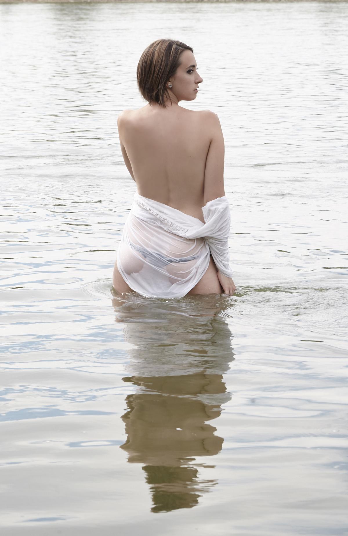 28998 -5996 -professional-boudoir-photography-cindy-moleski-saskatoon-saskatchewan.jpg