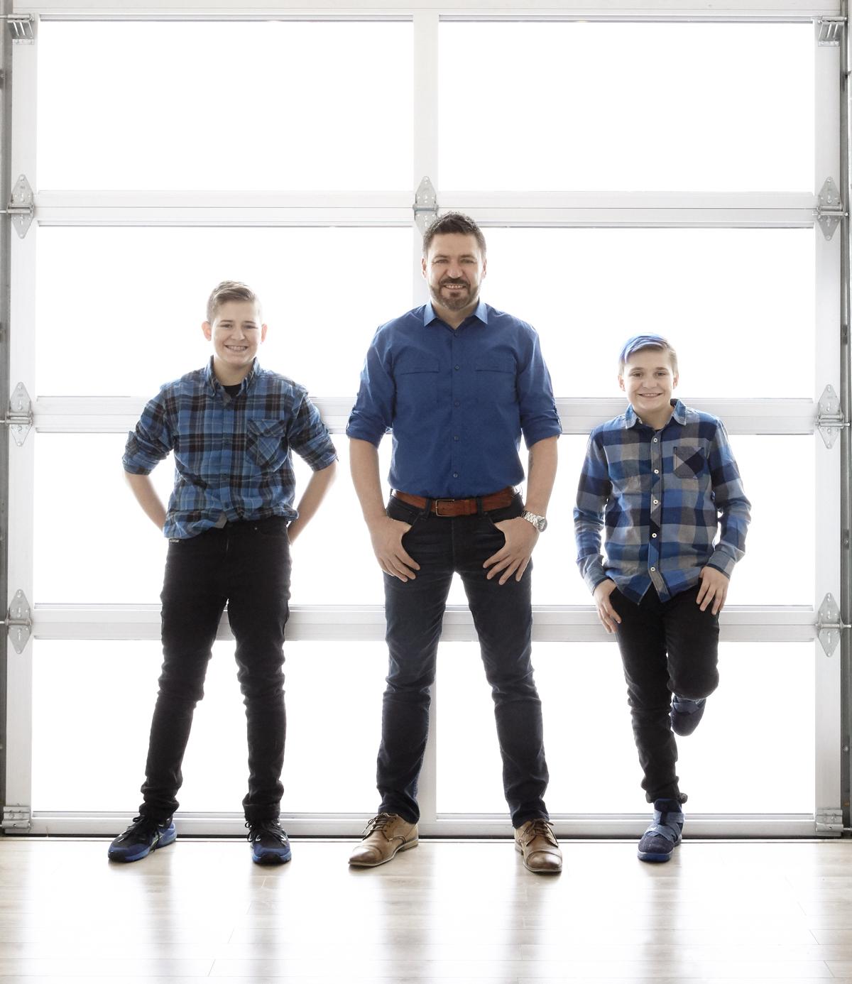 cindy-moleski-professional-family-father son-boys-portrait-photographer-saskatoon-saskatchewan-29451-103.jpg