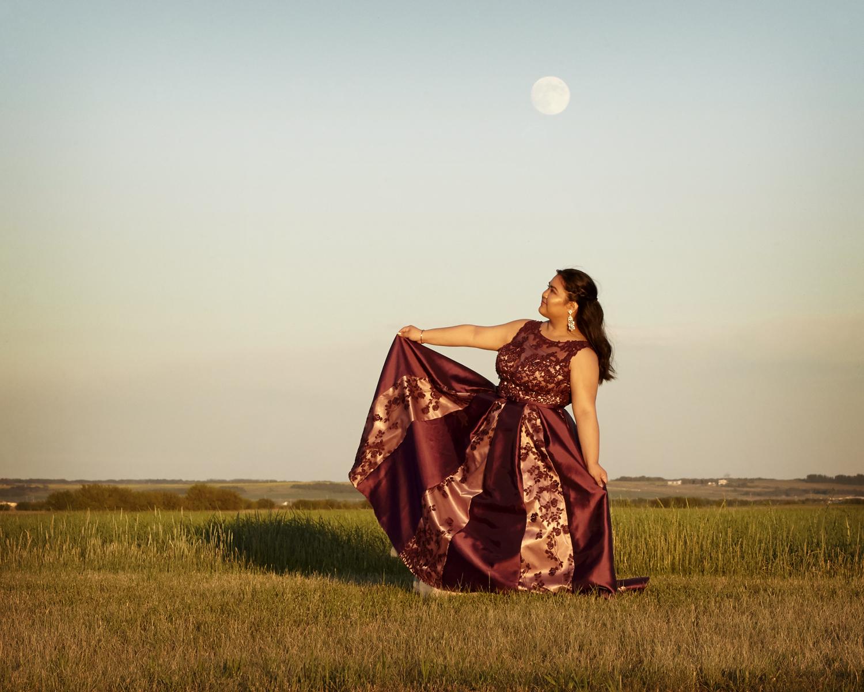 cindy-moleski-professional-portrait-graduation-photographer-saskatoon-saskatchewan-157e.jpg