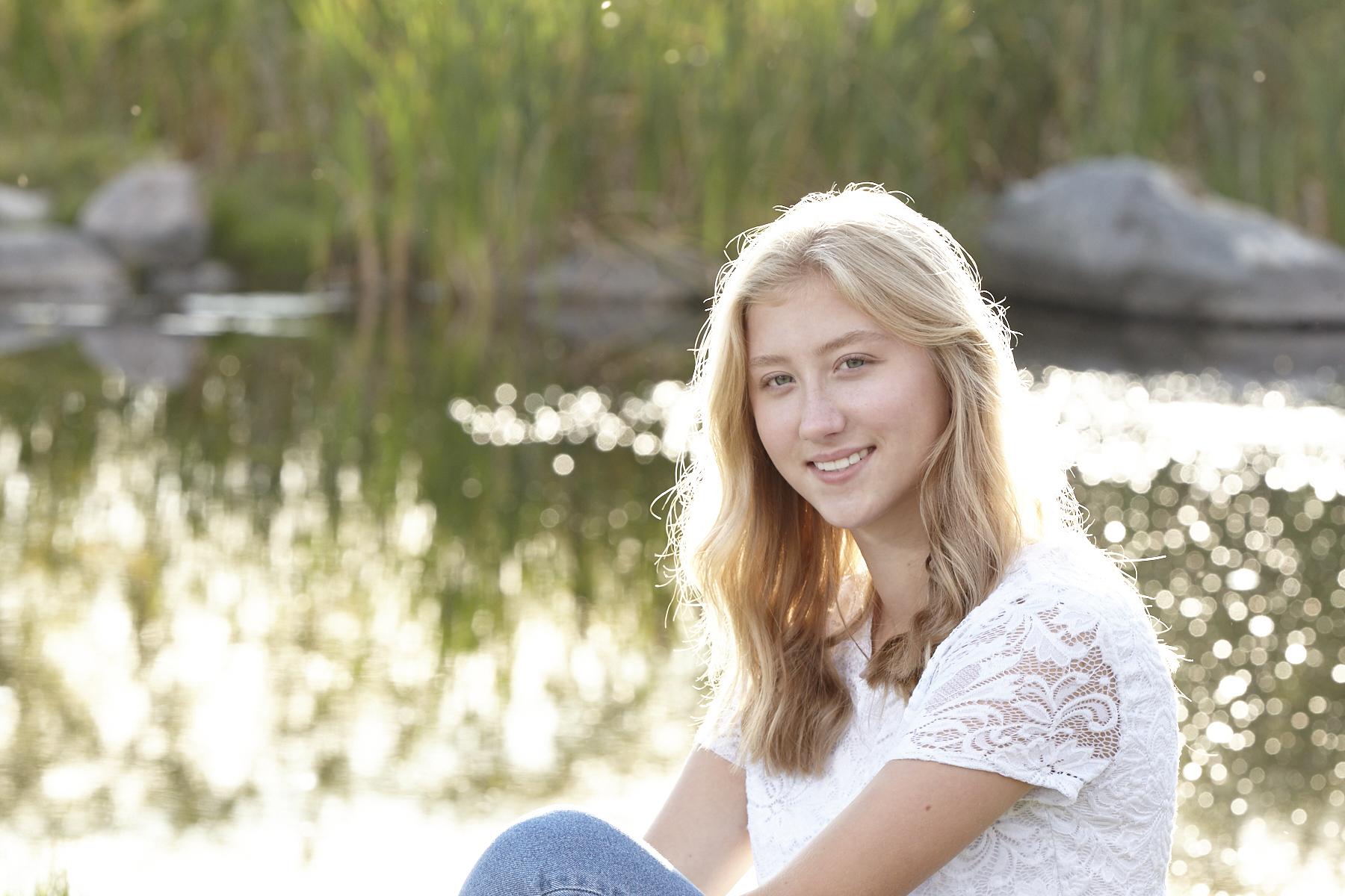 cindy-moleski-professional-portrait-sweet16-photographer-saskatoon-saskatchewan-29585-0110e.jpg