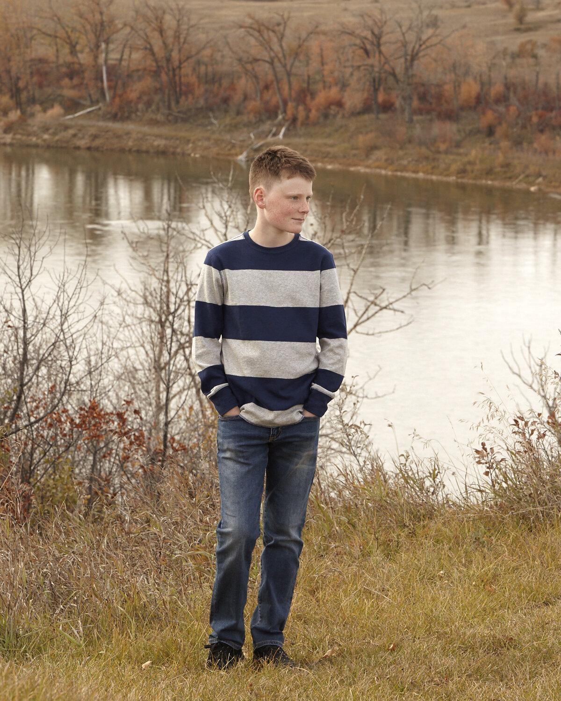 cindy-moleski-professional-portrait-family-fall-autumn-color-photographer-saskatoon-saskatchewan-29604Lindsay066.jpg