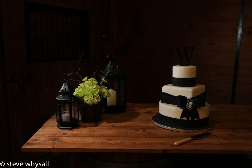 Bluemont Vineyard Wedding Cake
