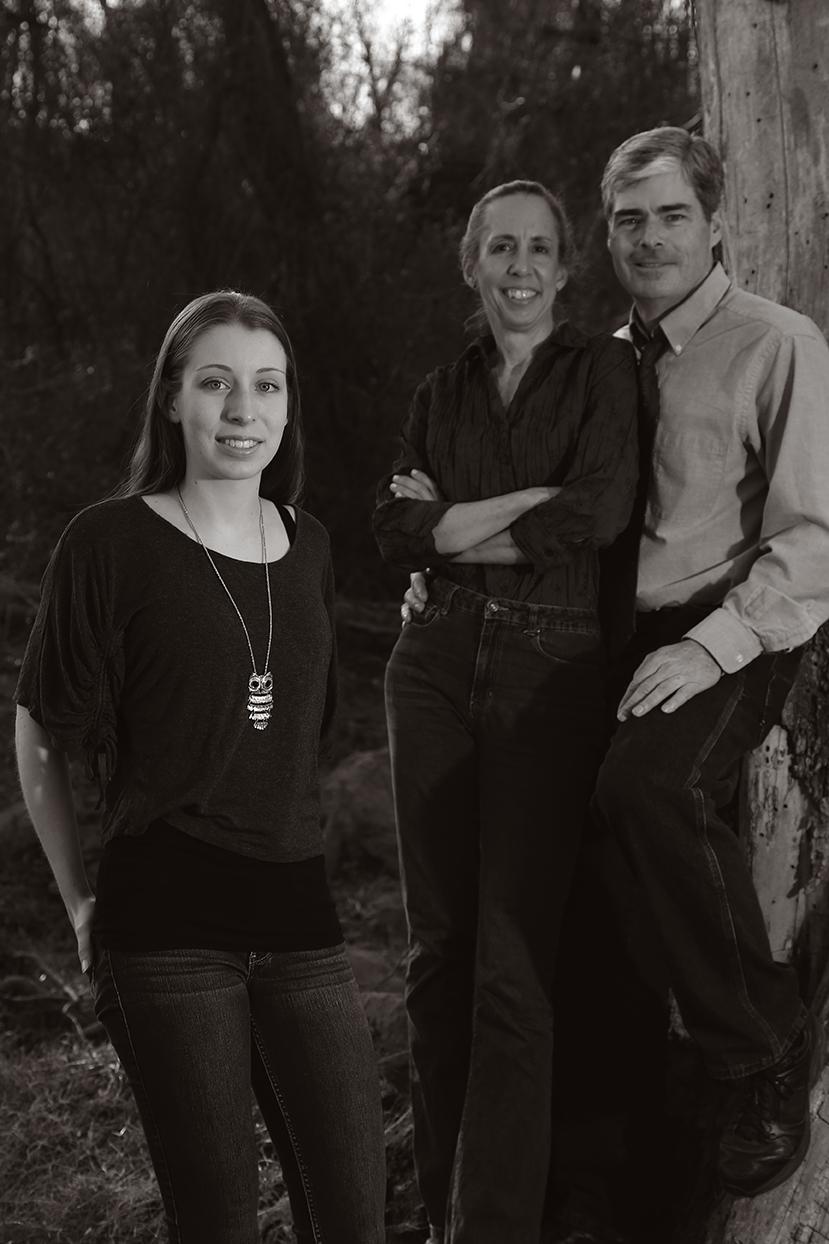 Family Portraits Outside
