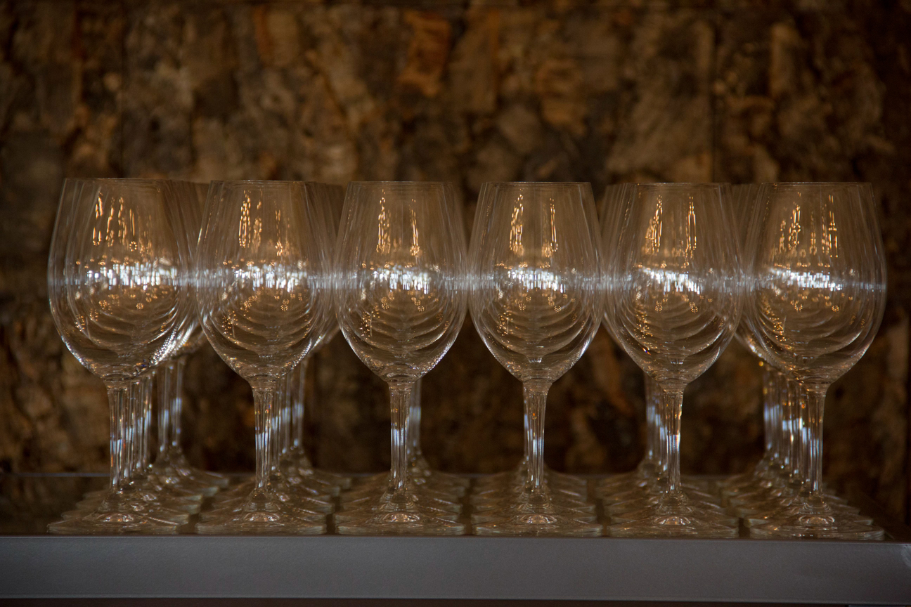 Wine Glasses 8 Chains North Winery