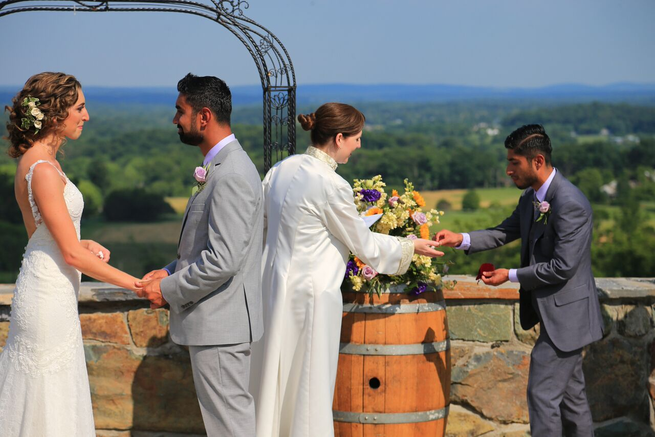 wedding ceremony bluemont windery