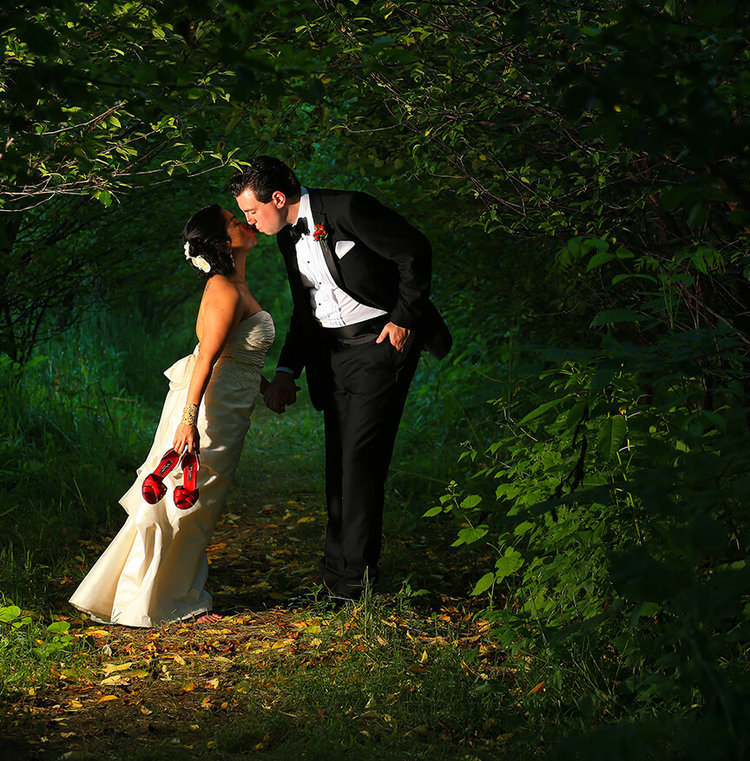 Award Winning Wedding Photographer - Steve Whysall is the winner of The Gold and The Silver Award in international competitions sponsored by the Artistic Guild of the Wedding Photojournalist Associations. (AG)WPJA is comprised of outstanding wedding photographers.