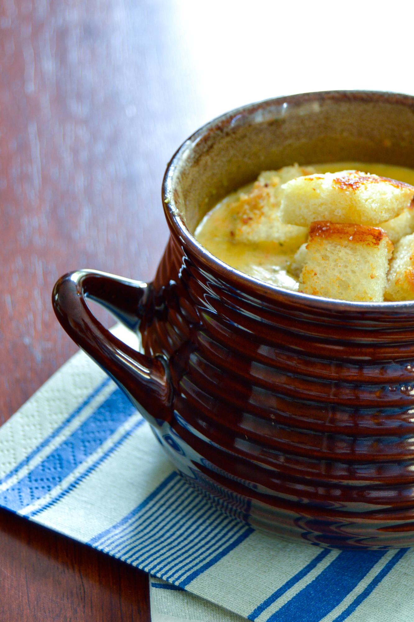 Broccoli Cheddar Soup via. Birdie Shoots