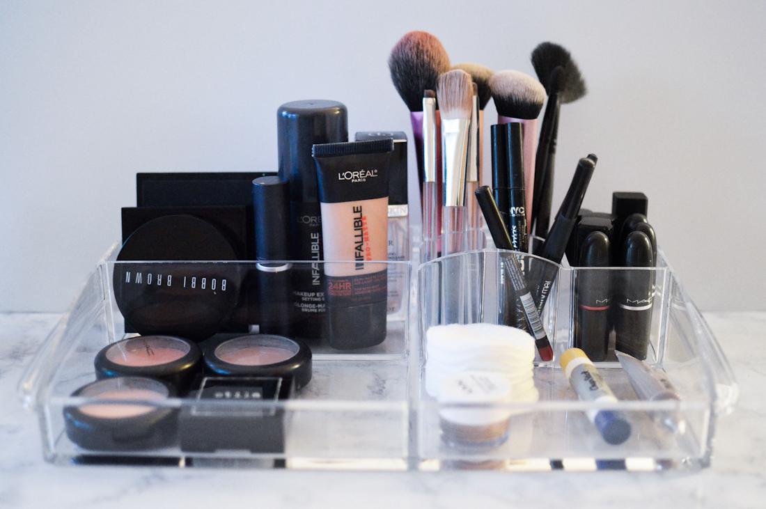 Cosmetic Organization via. Birdie Shoots