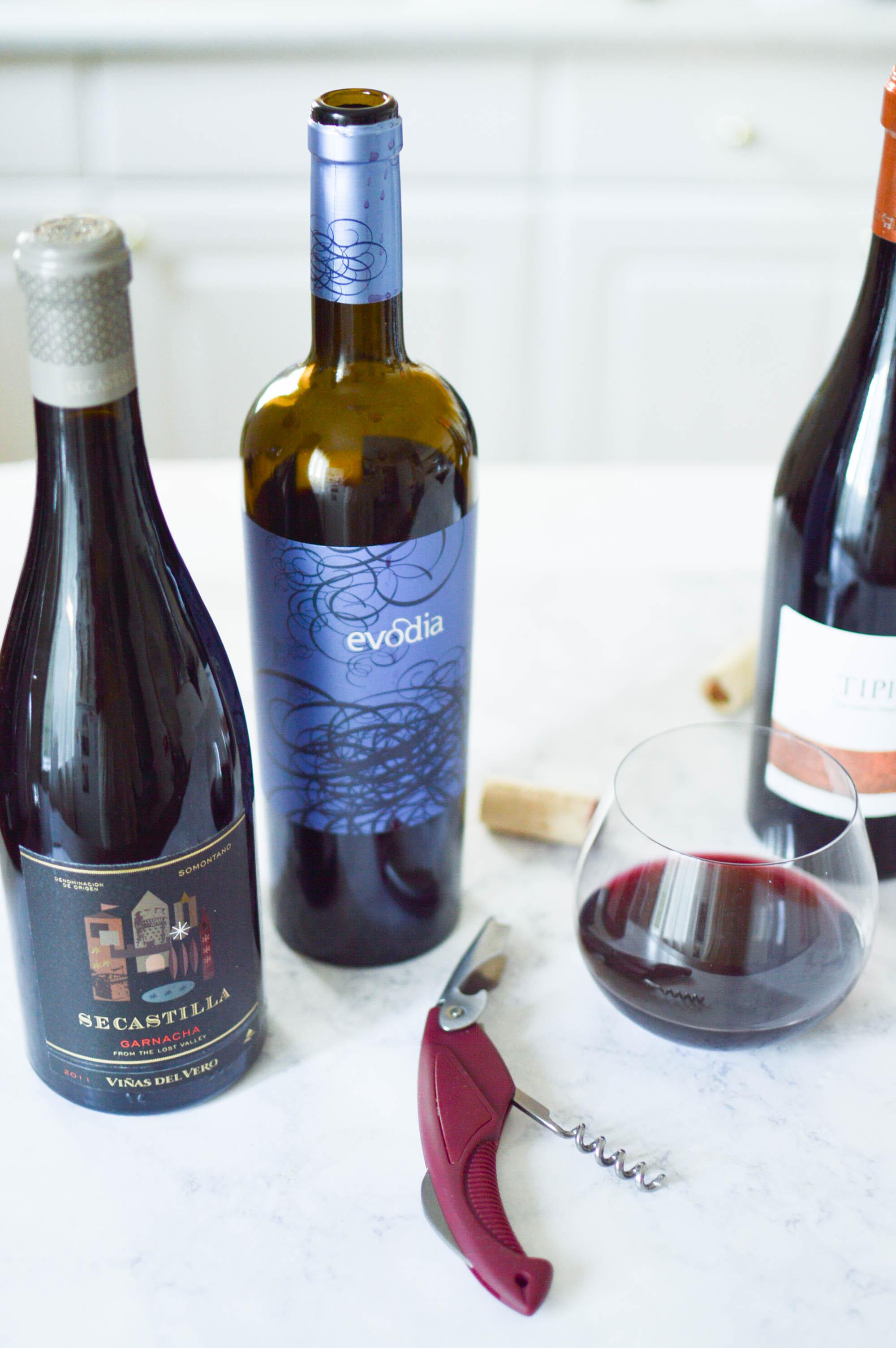 Wedding Wine Tasting with Garnacha via. www.birdieshoots.com
