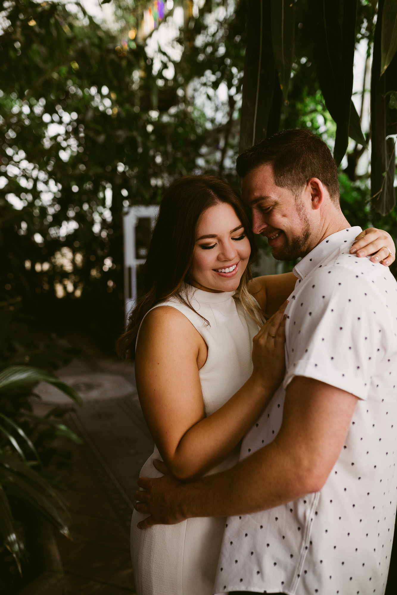 Tropical Engagement Session in San Francisco via. www.birdieshoots.com