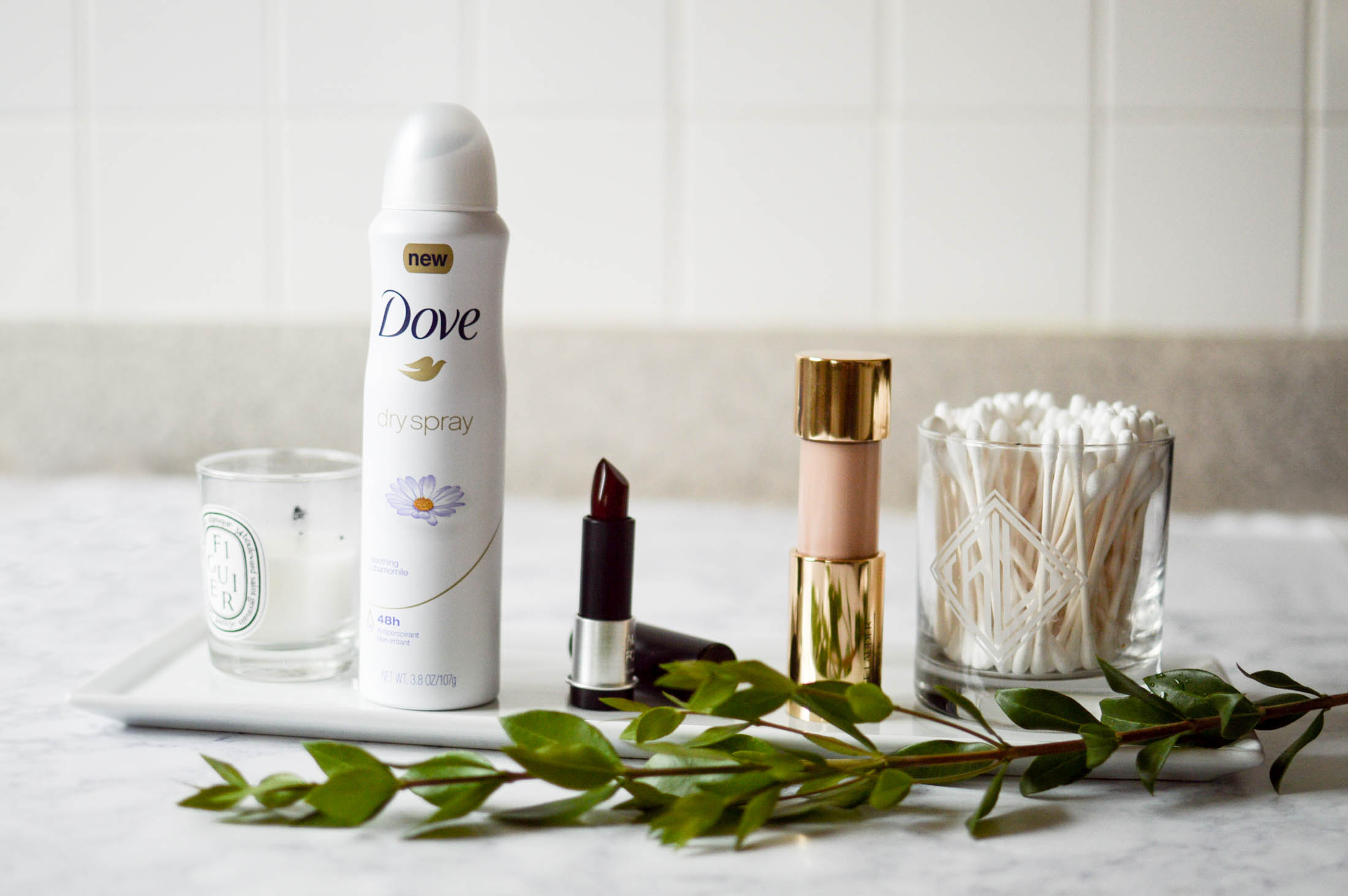 3 Steps to the Perfect Holiday Look with Dove via. www.birdieshoots.com