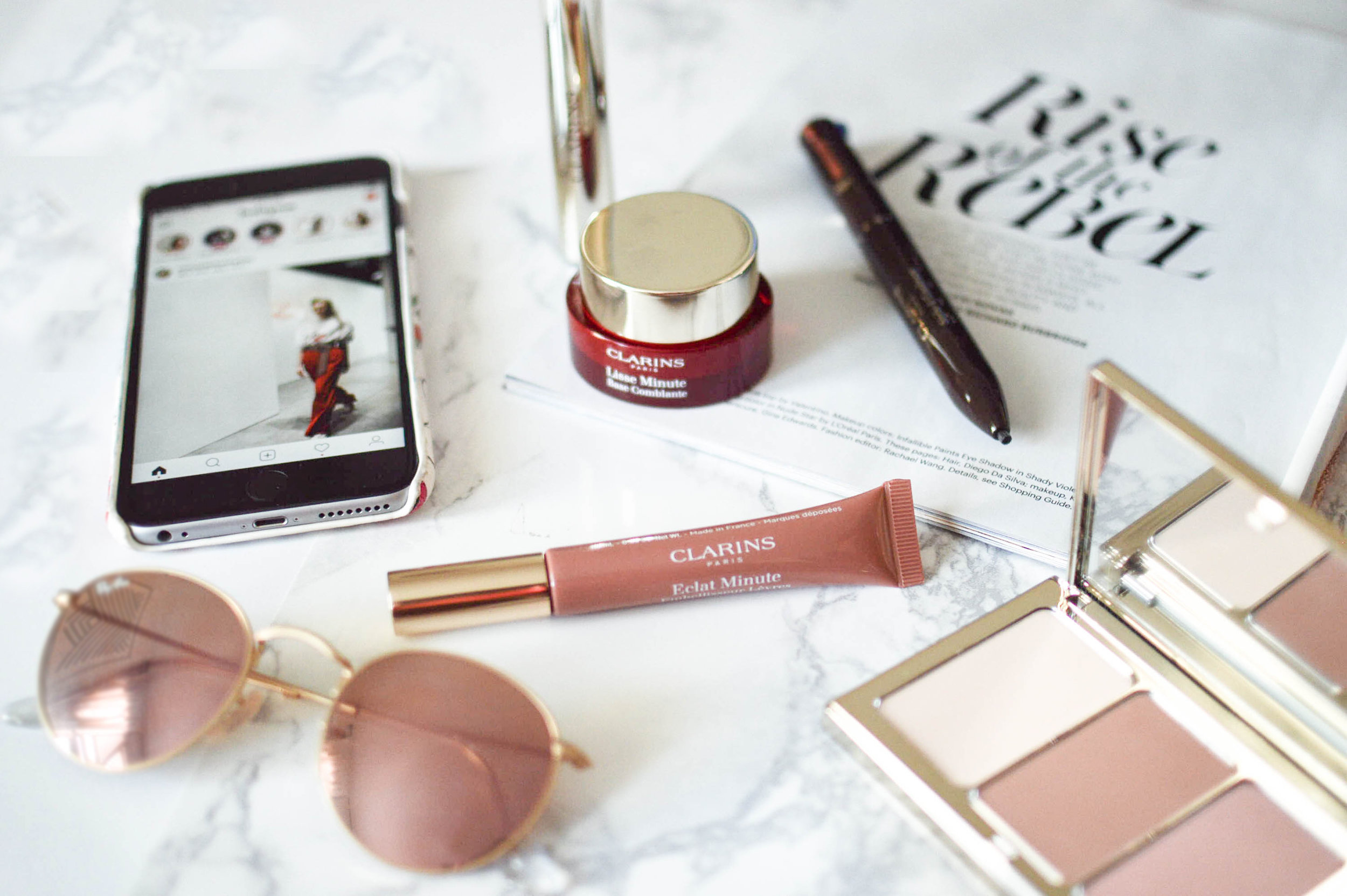 10-Minute Morning Beauty Routine with Clarins via. www.birdieshoots.com