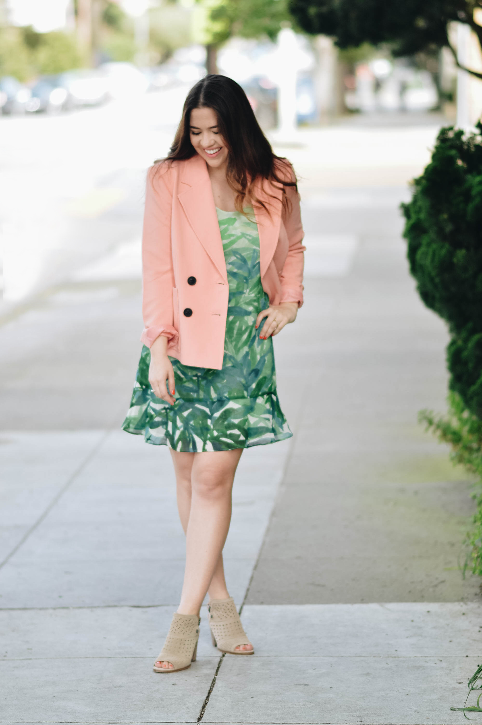 5 Things I Love About Spring with Cabi via. www.birdieshoots.com