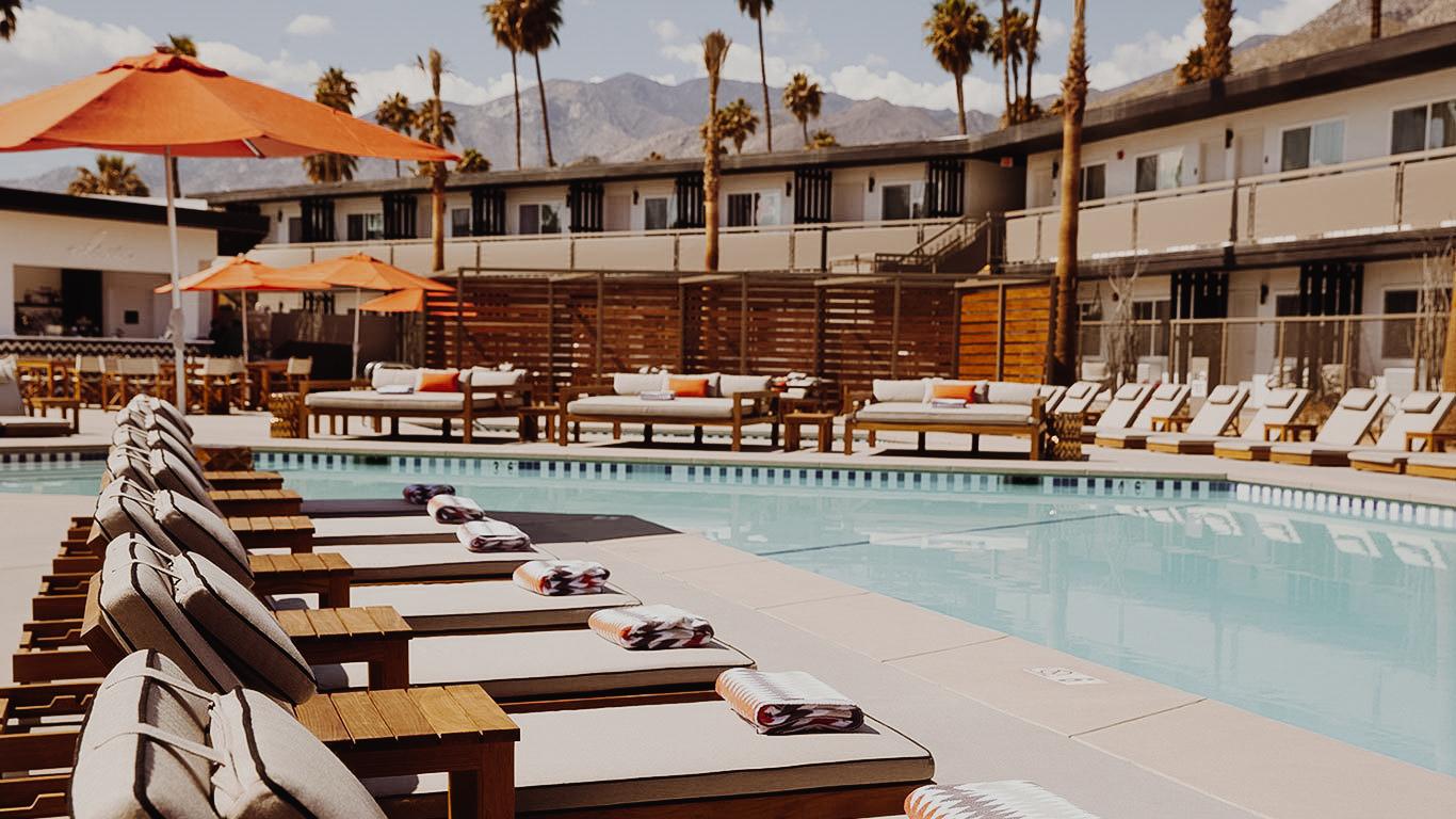 Palm Springs Photo Diary & Travel Guide via. Birdie Shoots