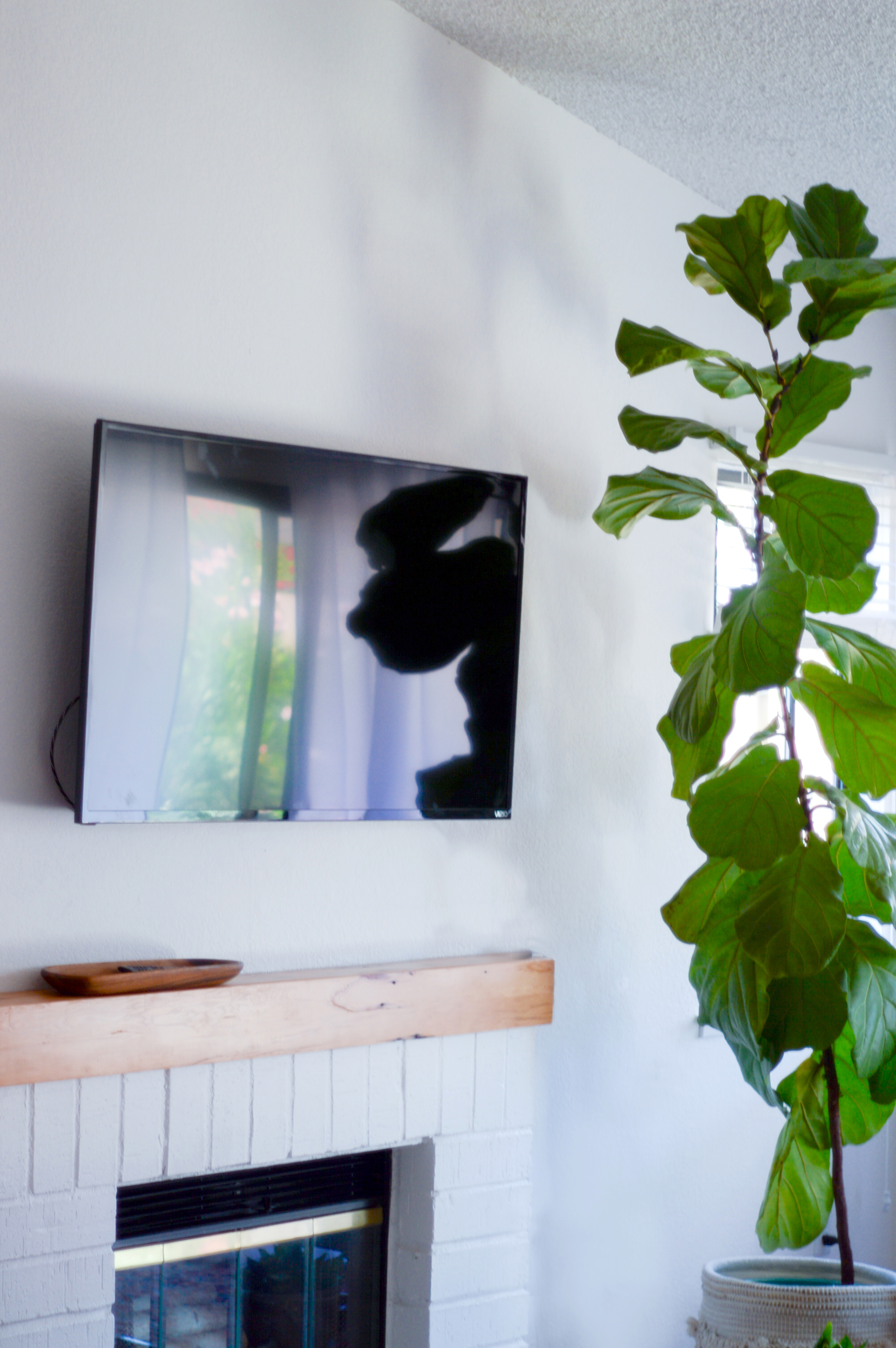 First Look: Simple Redesign Projects for your Living Space via Birdie Shoots | www.birdieshoots.com