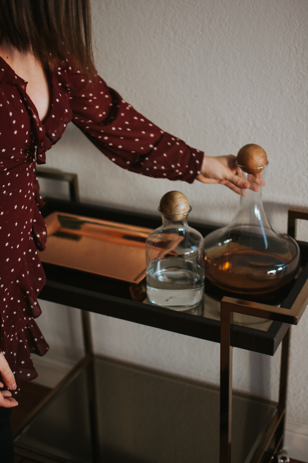 How to Style A Bar Cart with Roscato Wine via. The Pacific Standard | www.ThePacificStandard.com