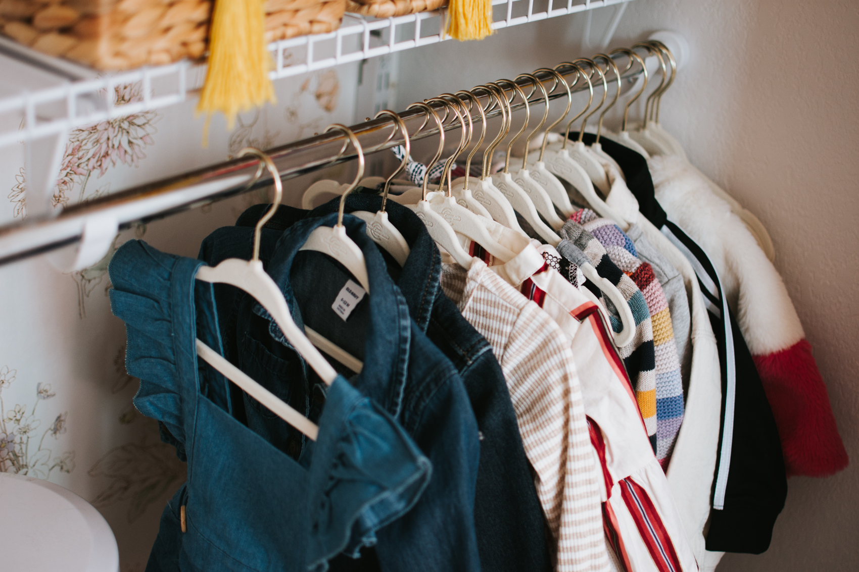 Nursery Closet Reveal with Rubbermaid via. The Pacific Standard   www.thepacificstandard.com #nurserytour #nurseryidea