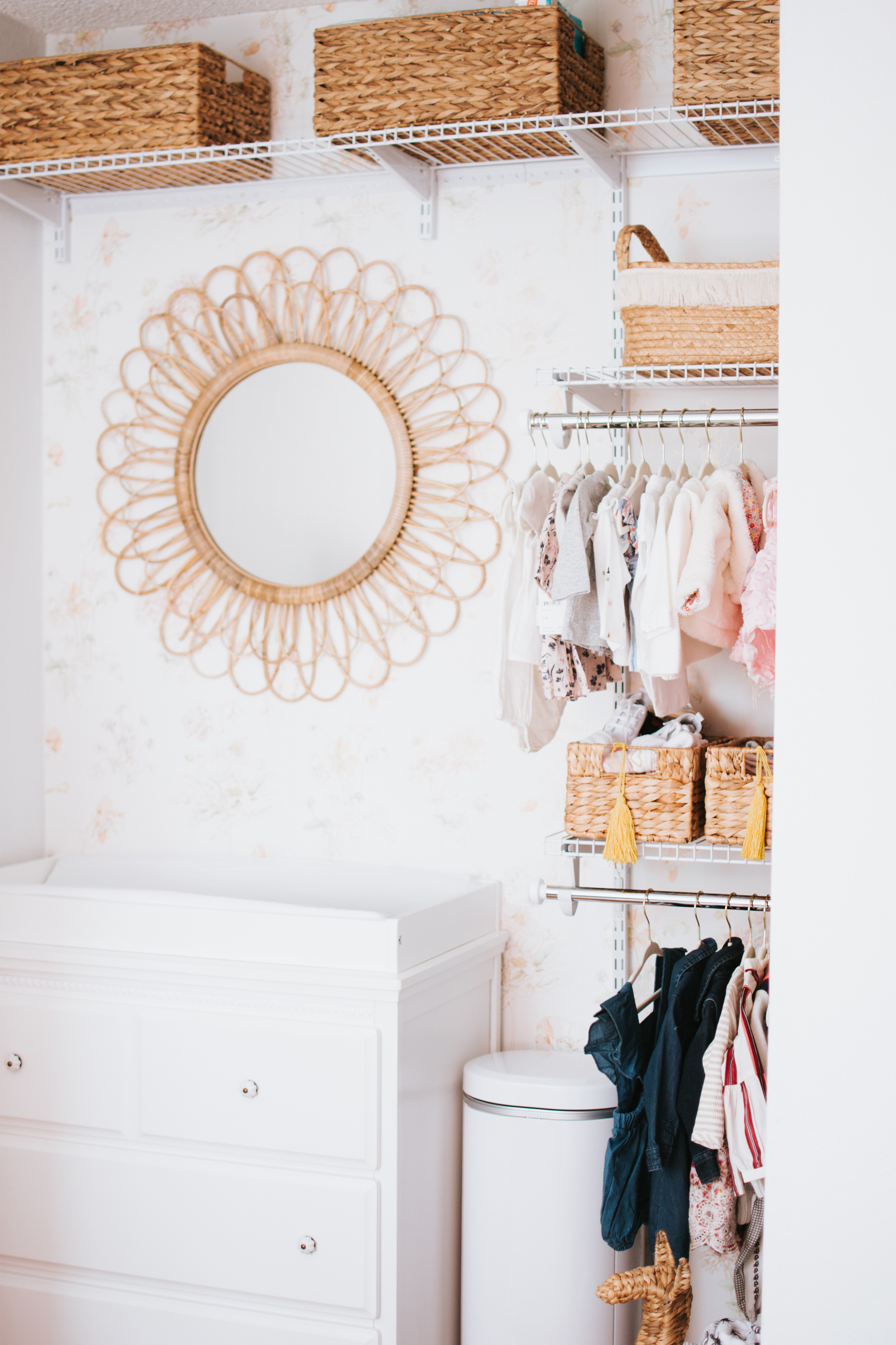 Nursery Closet Reveal with Rubbermaid via. The Pacific Standard | www.thepacificstandard.com #nurserytour #nurseryidea