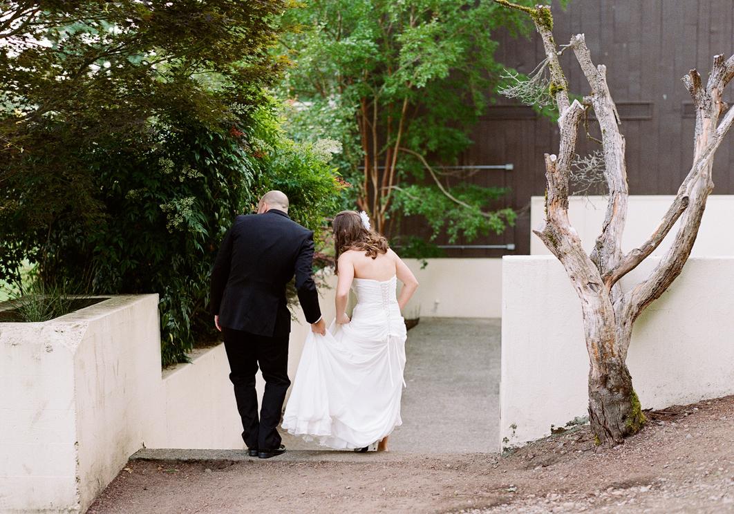 Maple Valley Lodge Wedding-06.jpg