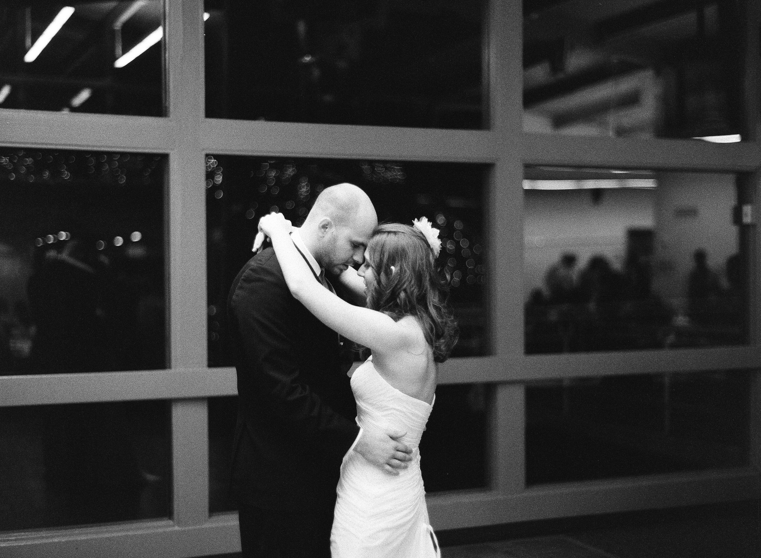Maple Valley Lodge Wedding-11.jpg