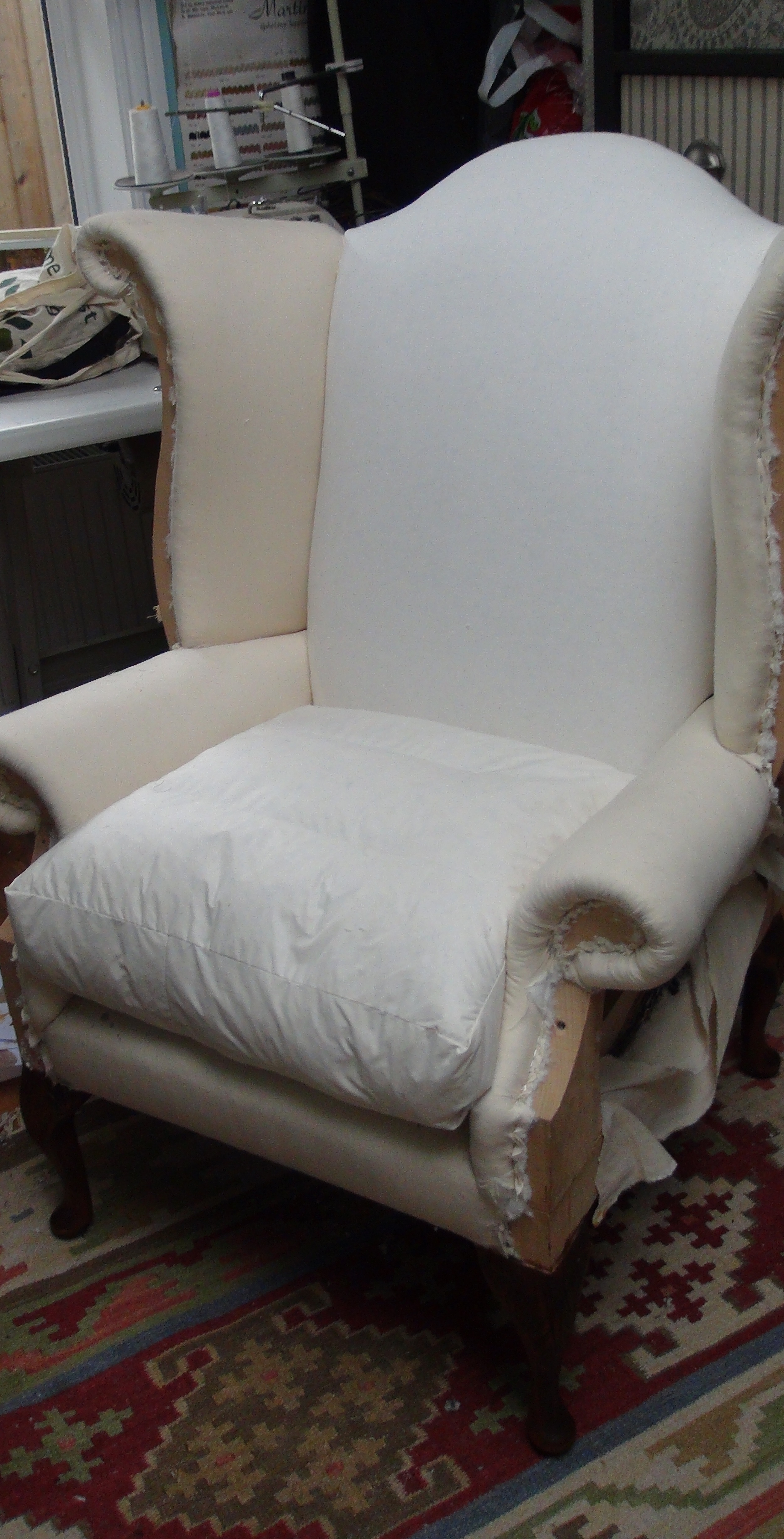 Cushions are a luxurious mix of feather and down  within a calico case with optional core. Chairs and chaise longues are finished in calico prior to top cover