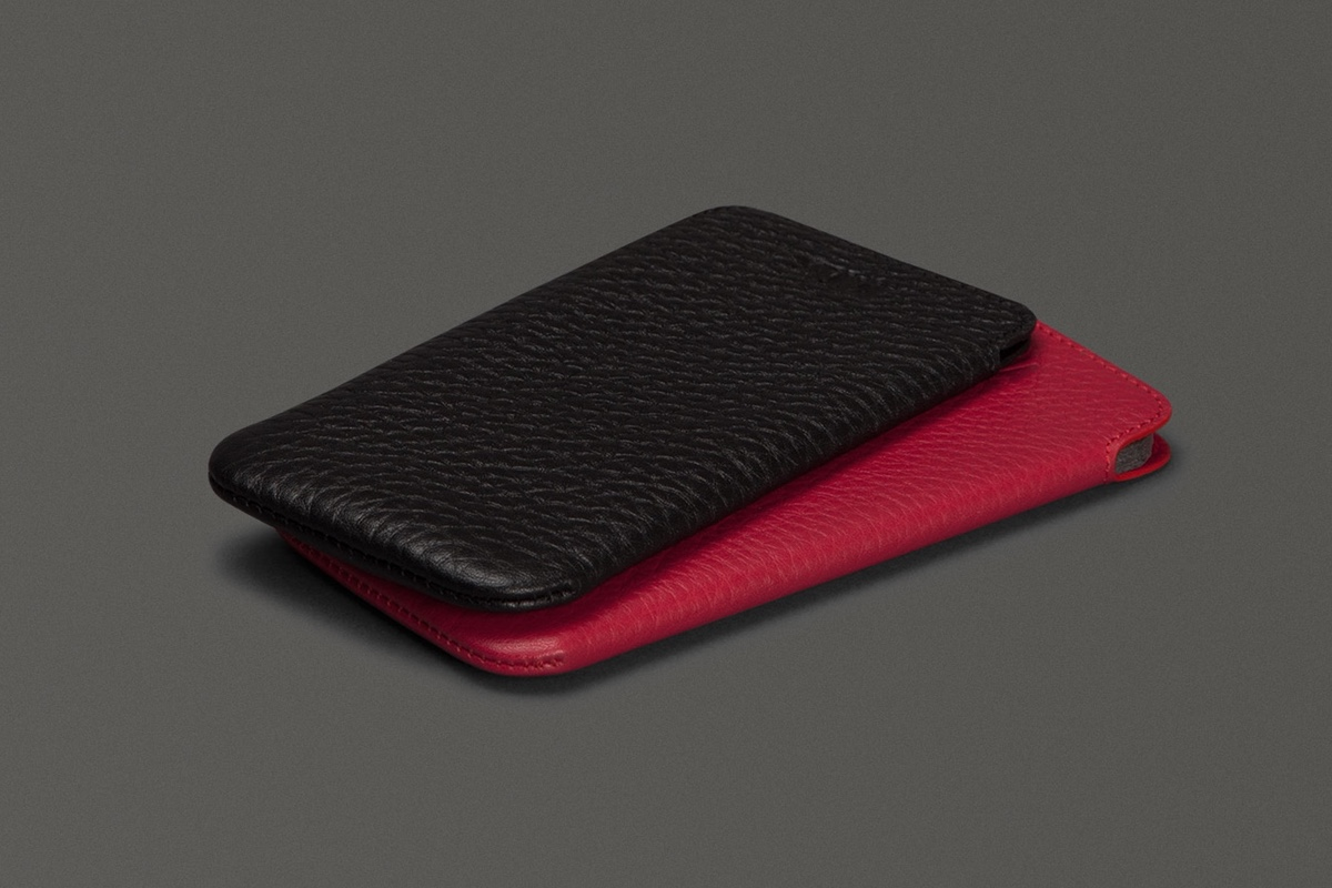 Ultraslim Pouch by Sena