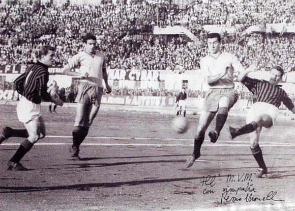 Remo-Morelli-dedica-MVM-Calcio-1961.jpg