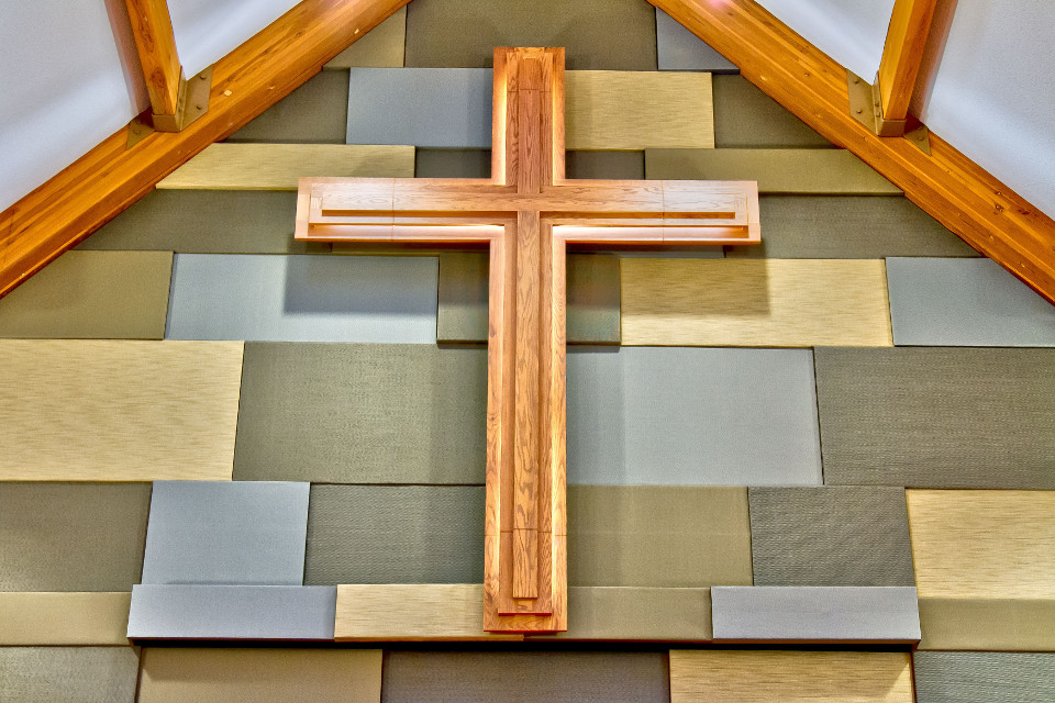 Church-SanctuaryCross.jpg